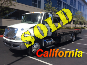 "2015 INTERNATIONAL 4300 (325 HP)~CENTURY 21.6 LCG/102"" (63K MILES!)"
